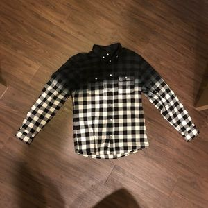 Other - Black & white checkered flannel w/fade size Large